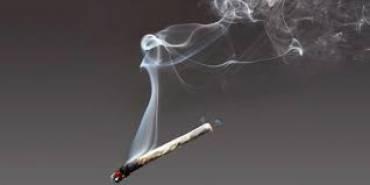 ¿Dejar de fumar aumenta de peso?